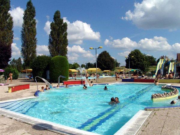 Village De G Tes Avec Complexe Aquatique Haute Sa Ne Les