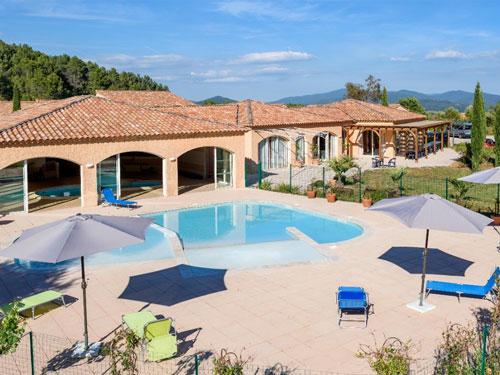 Village vacances lou bastidou village de gites avec - Residence vacances var avec piscine ...