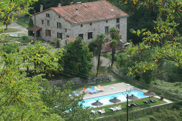 Gite avec piscine pyr n es orientales mas manyaques for Piscine pyrenees orientales
