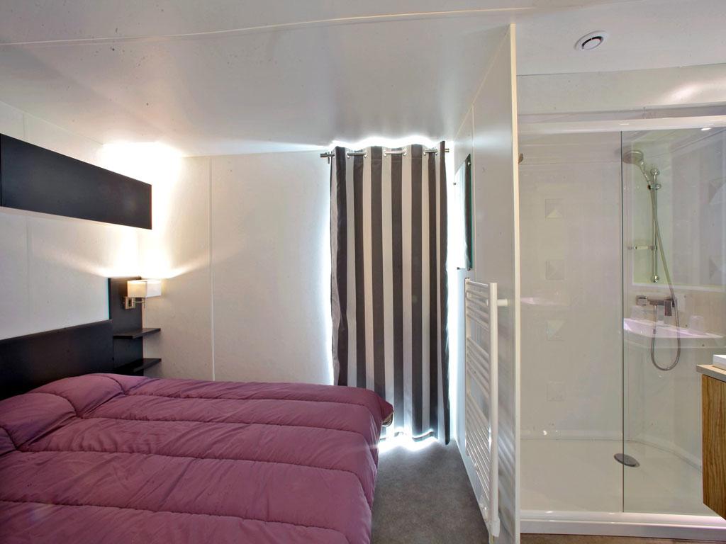 Village vacances avec piscine panoramique dordogne les ventoulines - Village vacances auvergne piscine ...