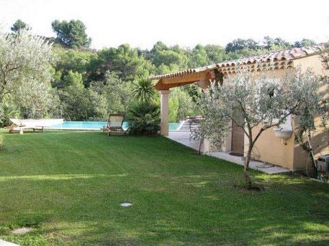 Gites avec piscine chauff e dr me villa gecko vacances for Gite drome piscine