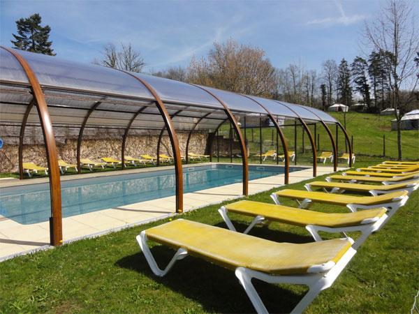 Village vacances avec piscine couverte et chauff e for Gite en dordogne avec piscine couverte