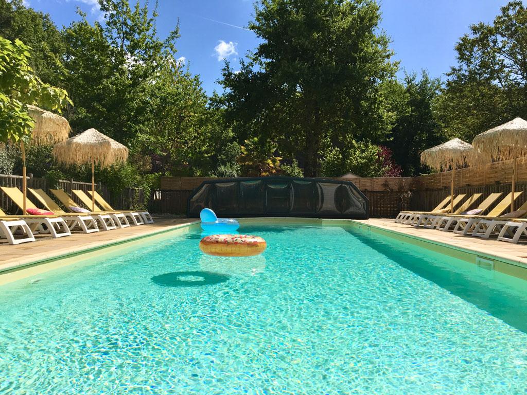 vacances avec piscine couverte chauffee Village de la Combe