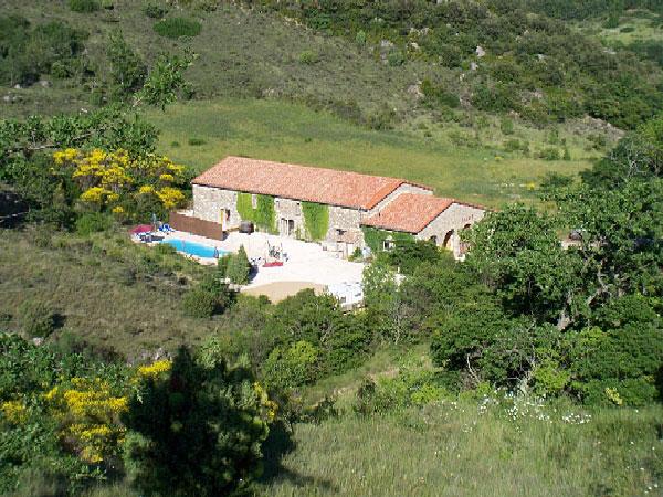 Village de gites avec piscine aude les g tes du torgan for Village vacances gers avec piscine