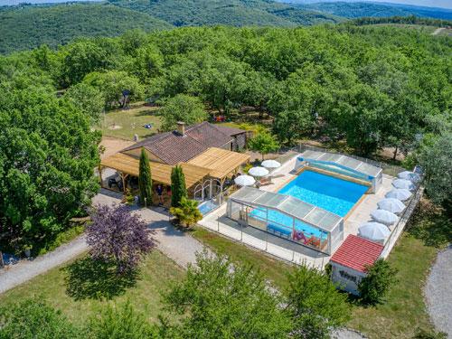 Village vacances avec piscine couverte et chauff e dordogne la truffi re vacances avec - Village vacances auvergne piscine ...